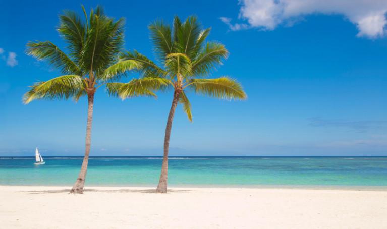Top 10 van de allermooiste witte strandvakanties take a trip - Witte salontafel thuisbasis van de wereldberoemde ...
