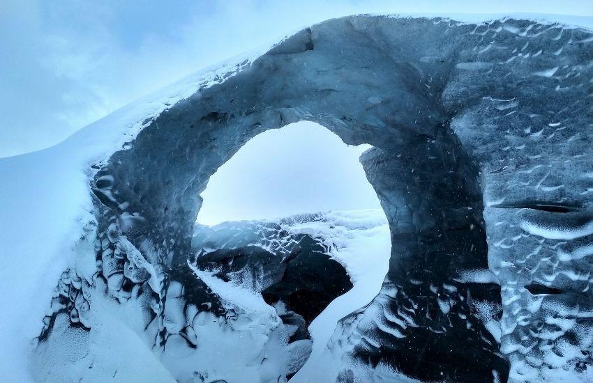 Beyond the wall - Vatnajökull, IJsland