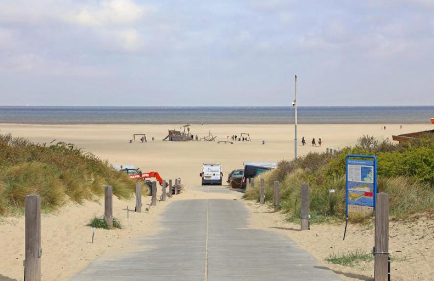 Beachclub Lekker - Vrouwenpolder (NL)