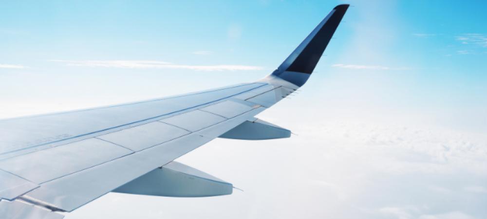 Waarom zetten we onze telefoon op vliegtuigstand?