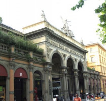 Winkelen en shoppen in Bologna
