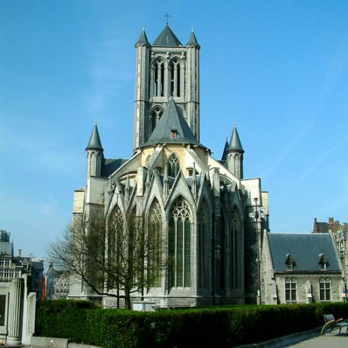 Zicht op de Sint-Niklaaskerk