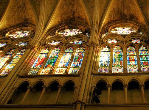 Binnen in de Eglise des Réformés