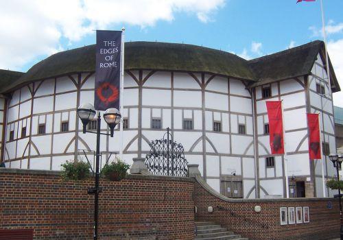 Buitenkant van het Globe Theatre