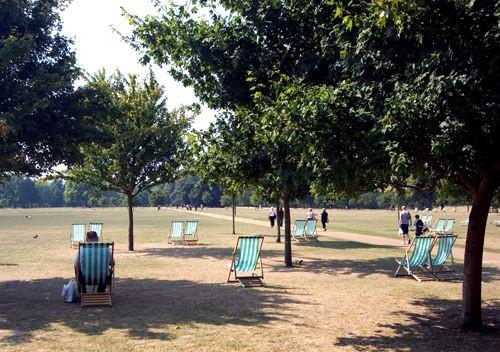 Strandstoelen in Hyde Park