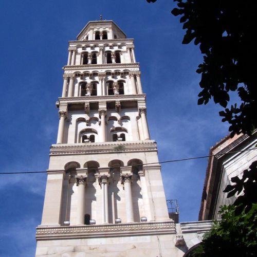 Toren van de Domniuskathedraal