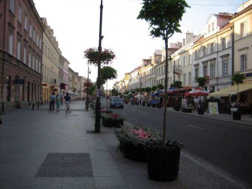 Plantenbakken langs Krakowskie Przedmieście