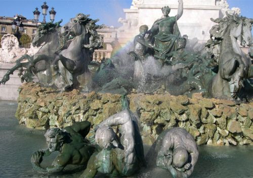 Beelden van het Monument aux Girondins
