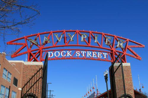 Toegangspoort tot Navy Pier