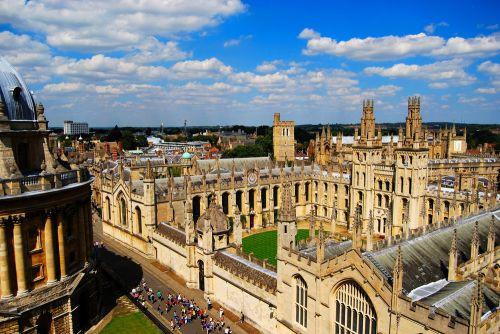 Luchtbeeld op Oxford