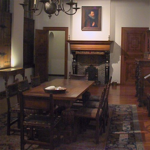 Binnenkant van het rockoxhuis antwerpen take a trip for Interieur antwerpen
