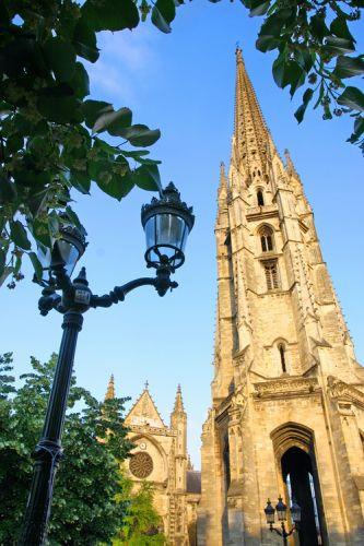 Toren van de Cathédrale Saint-André