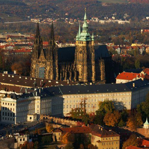 Vergezicht op de Praagse Burcht