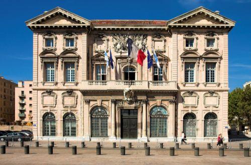 Voorgevel van het Stadhuis van Marseille
