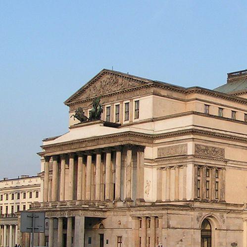 Zijaanzicht van het Teatr Wielki
