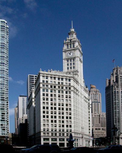Totaalbeeld van het Wrigley Building