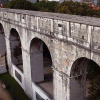 Beeld van het Aquaduct van Aguas Livres