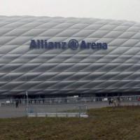 Buiten aan de Allianz Arena