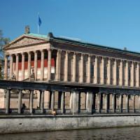 Zicht op de Alte Nationalgalerie
