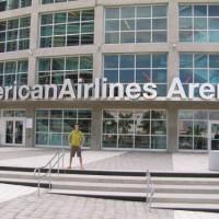 Ingang van de American Airlines Arena