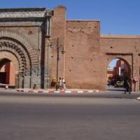 Vooraan de Bab Agnaou