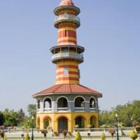 Toren in het Bang Pa-In paleis