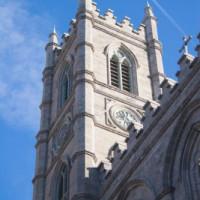 Toren van de Basilique Notre-Dame