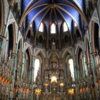 Interieur van de Basilique Notre-Dame