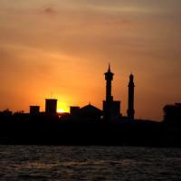 De Grote Moskee in de schemering