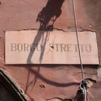 Naambordje van Borgo Stretto