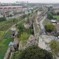 Zicht op de Byzantijnse landmuren