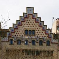 Trapgevel van het Casa Ametller