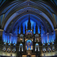 In de Cathédrale Marie Reine du Monde