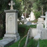 Graven op het Engels kerkhof