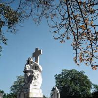 Grafmonument op de Cementerio de Cristóbal Colón