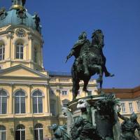 Standbeeld voor het Schloss Charlottenburg