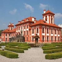 Tuinen rond het Chateau Troja