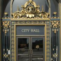 Deur van City Hall