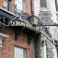 Naambord van het Dublin Writer's Museum