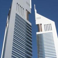 De twee Emirates Towers