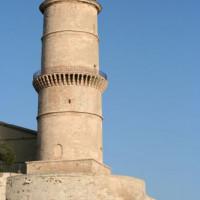 Toren aan Fort Saint-Jean en Fort Saint-Nicolas