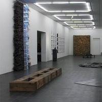 Binnen in de Galerie der Gegenwart
