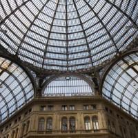 Onder in de koepel van de Galleria Umberto I