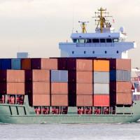 Vrachtschip in Rotterdam