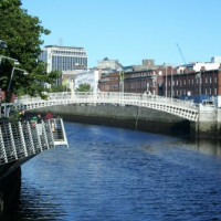 Totaalbeeld van Ha'penny Bridge