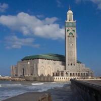 Totaalbeeld van de Hassan II Moskee