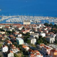 Schepen in de haven van Split