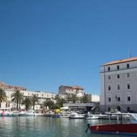 Bootjes in de haven van Split