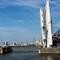 Openstaande brug in Antwerpen