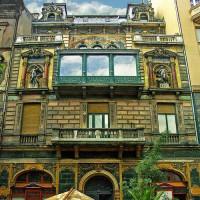 Voorgevel van het Hongaars Huis van de Fotografie